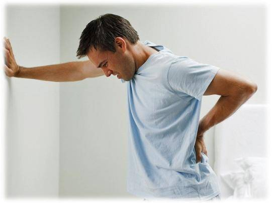 Слабая струя при мочеиспускании у мужчин: причины и чем лечить